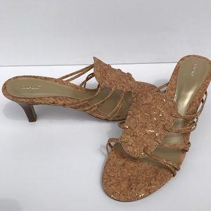 Fioni kitten heels...cork and gold!